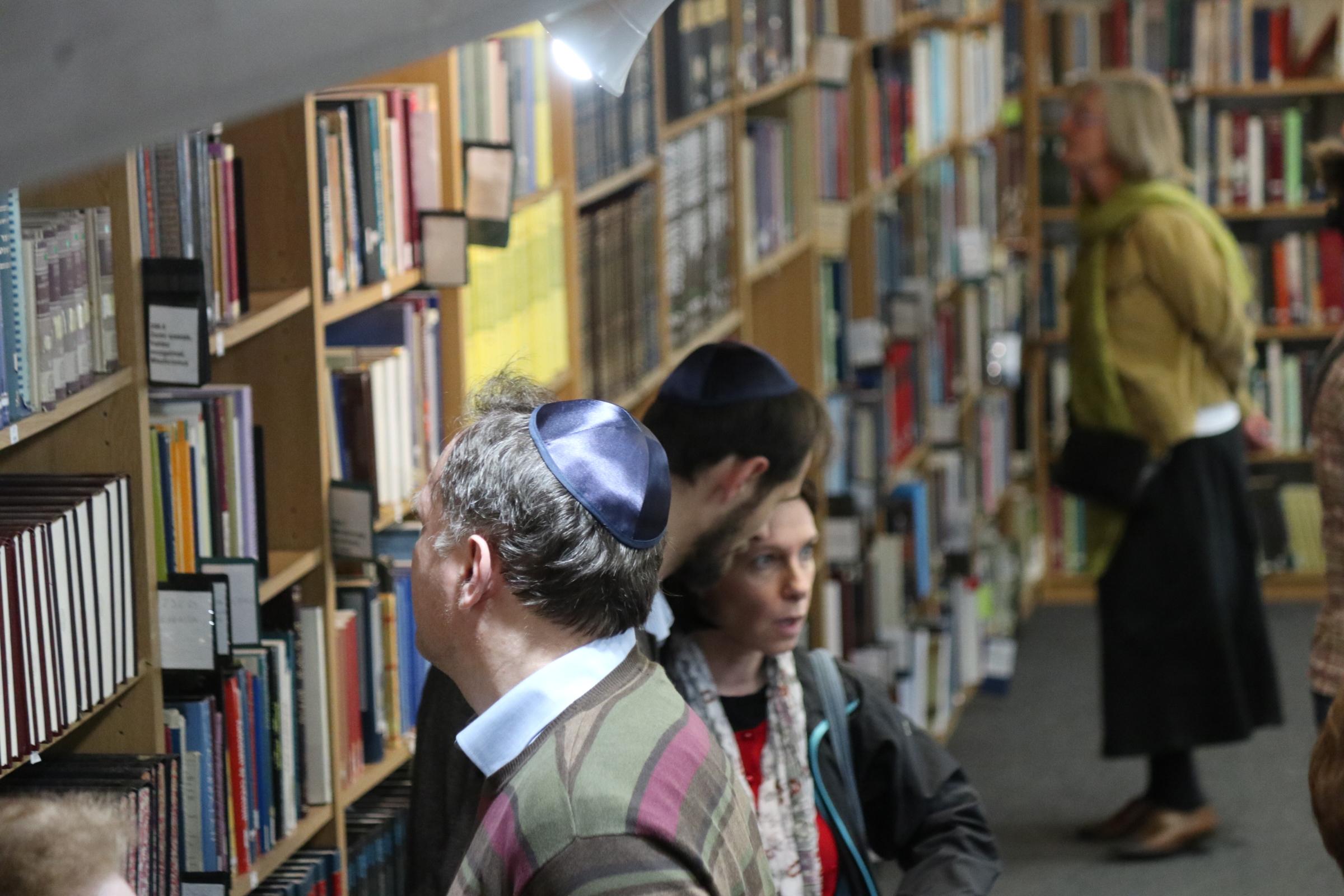 Ismét bezár az OR-ZSE Könyvtára